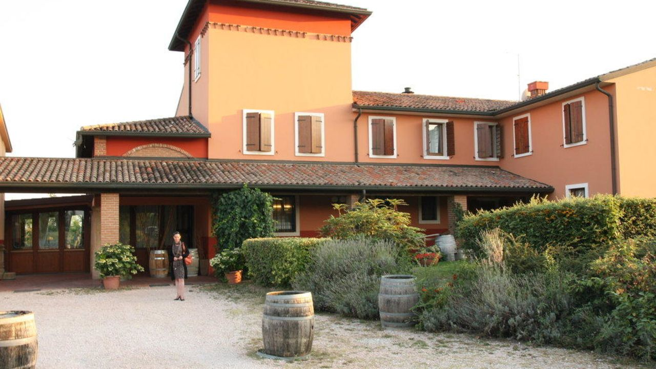 Agriturismo Locanda Bella Italia (Castelnuovo del Garda ...