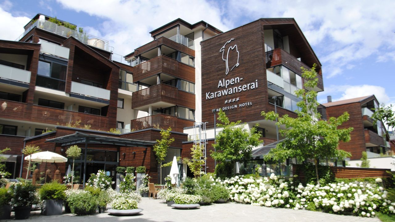 Alpen karawanserai time design hotel saalbach hinterglemm for Design hotels alpen