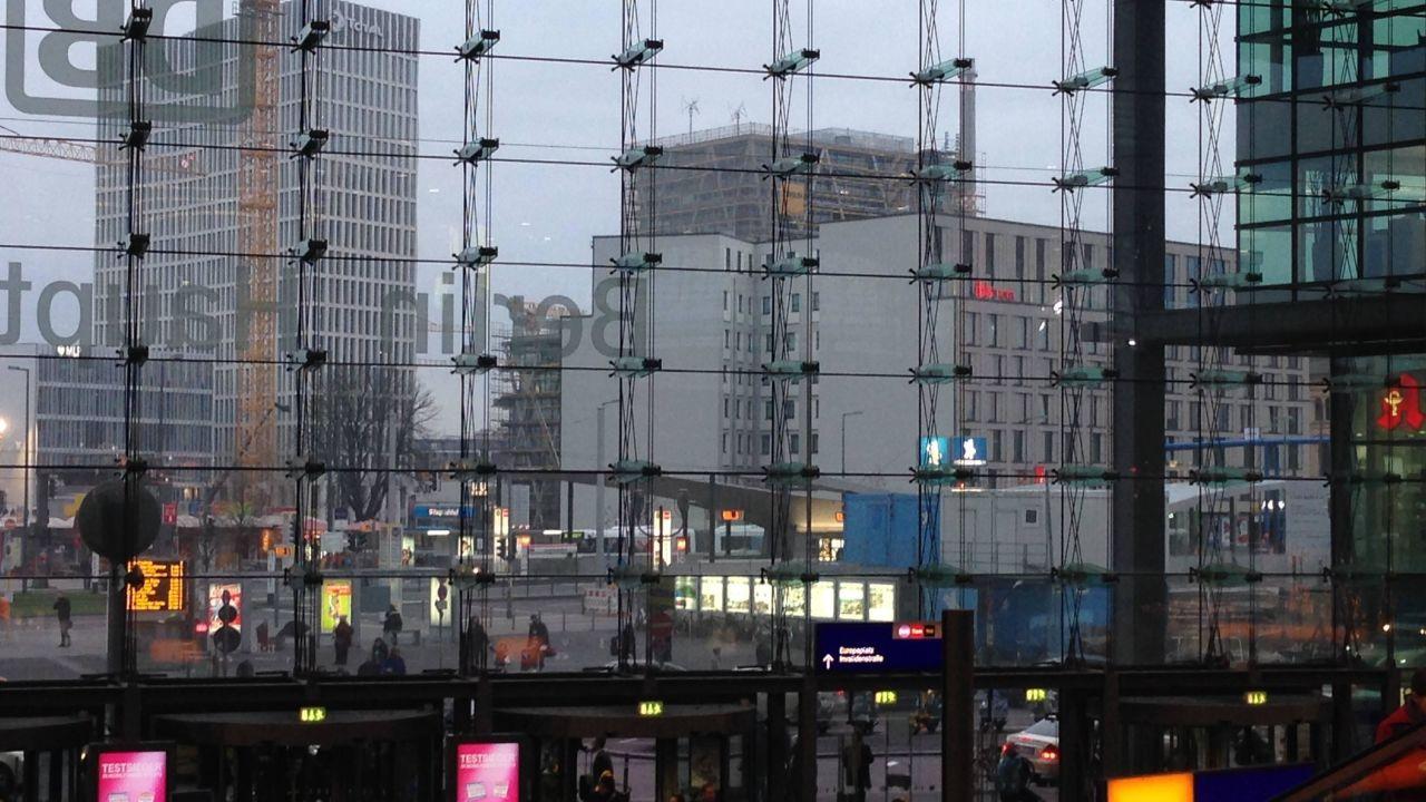 ibis berlin hauptbahnhof berlin mitte holidaycheck berlin deutschland. Black Bedroom Furniture Sets. Home Design Ideas