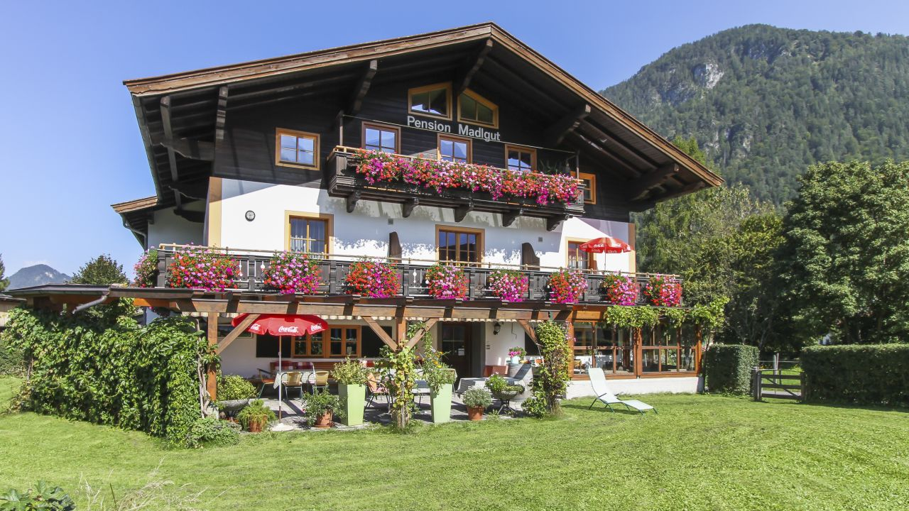 Season opening Offers and All-inclusive prices Weibach bei