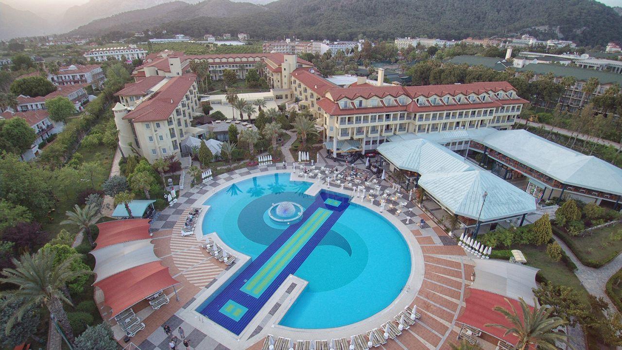 Queen 39 s park le jardin resort kiris holidaycheck for Jardin resort