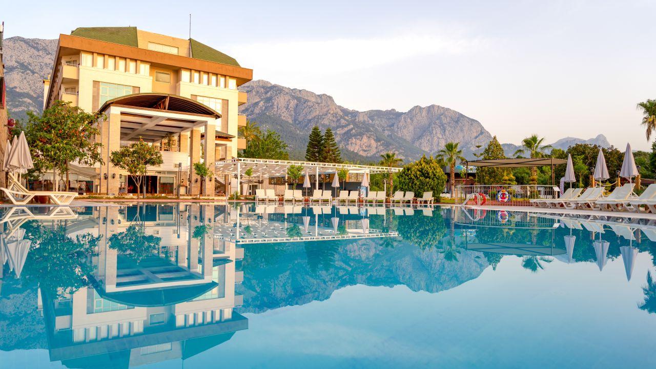 Armas gul beach hotel kemer holidaycheck t rkische for Hotel pistolas