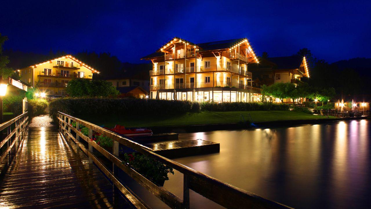 Hotel Seegasthof Stadler Unterach Am Attersee