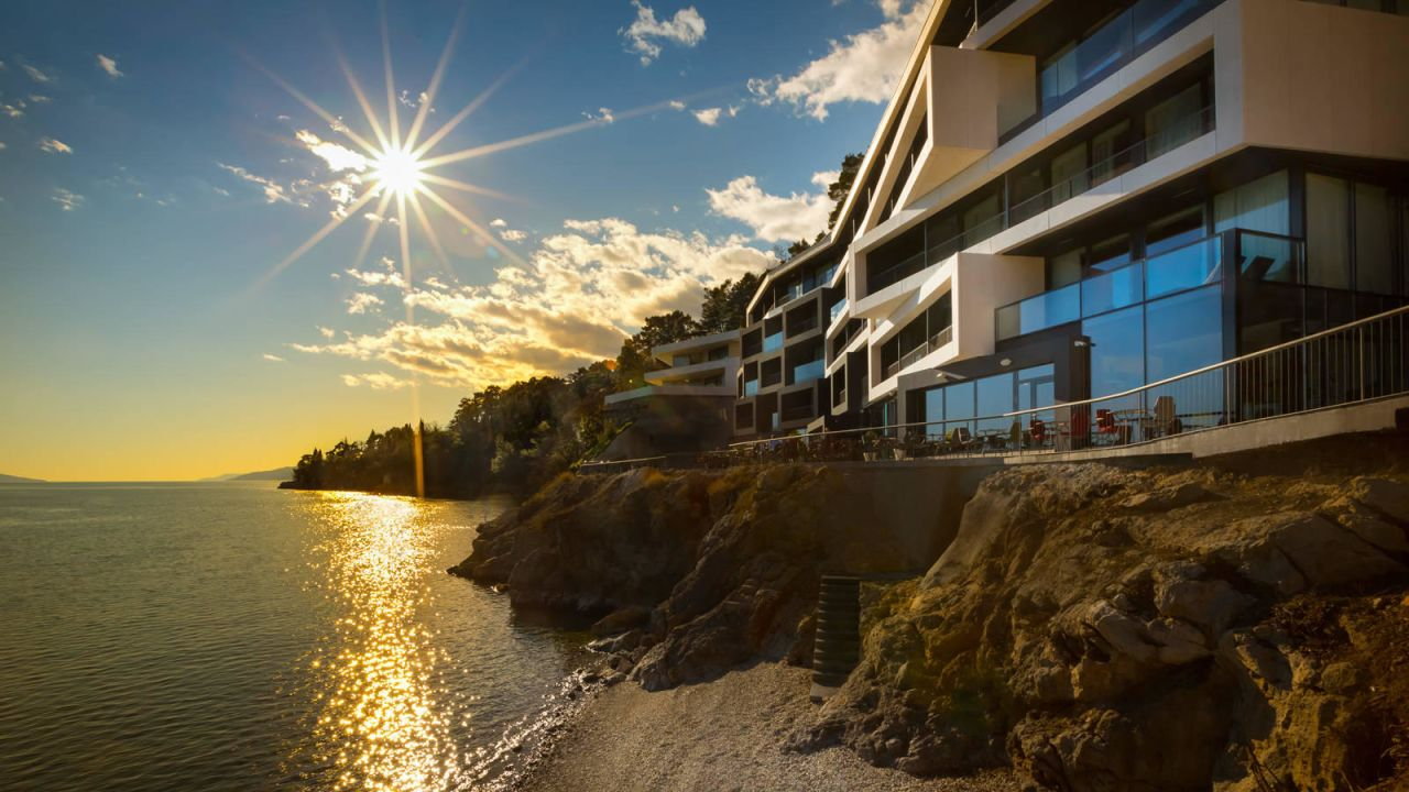 Design hotel navis matulji holidaycheck kvarner bucht for Designhotel kroatien