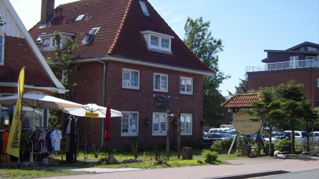 Pension Fortuna (St. Peter-Ording) • HolidayCheck (Schleswig ... a07fb48d8dd