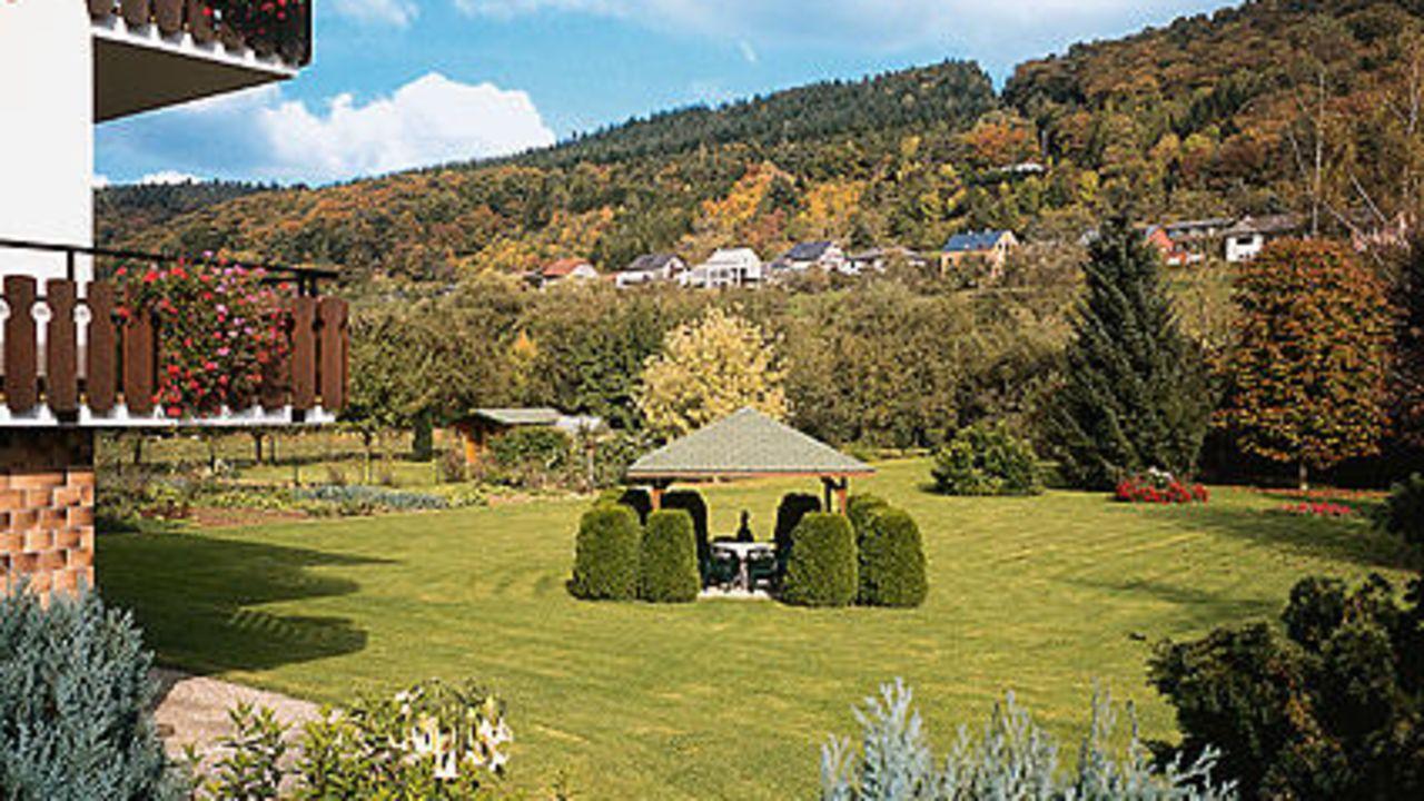 landhaus im park in pr mzurlay holidaycheck rheinland pfalz deutschland. Black Bedroom Furniture Sets. Home Design Ideas