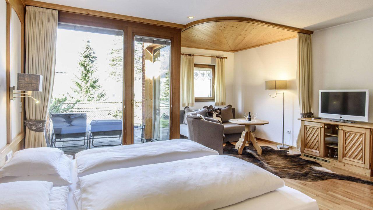 aktiv spa hotel alpenrose in schruns holidaycheck. Black Bedroom Furniture Sets. Home Design Ideas