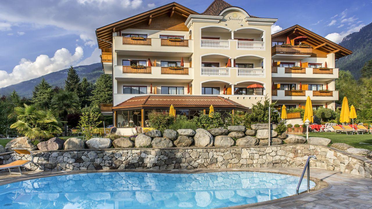 Hotel Sonnenburg Merano Meran Holidaycheck Sudtirol Italien