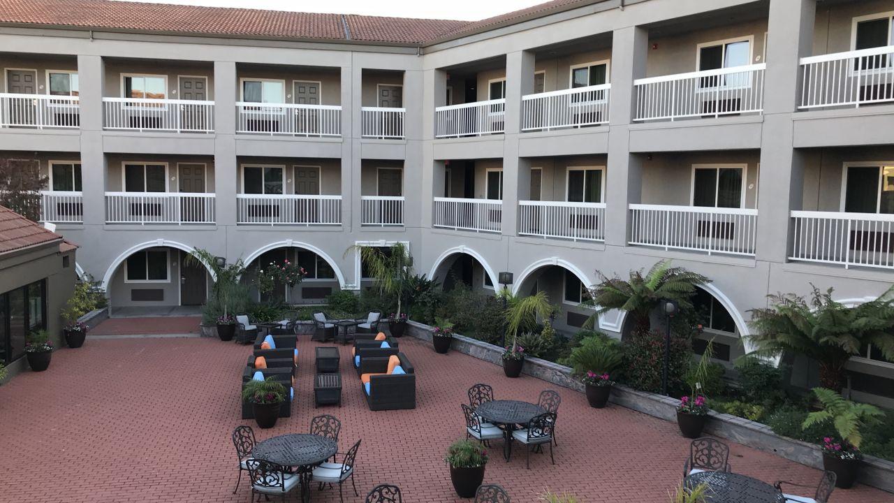 La Quinta Inn & Suites San Francisco Airport West (Millbrae ...