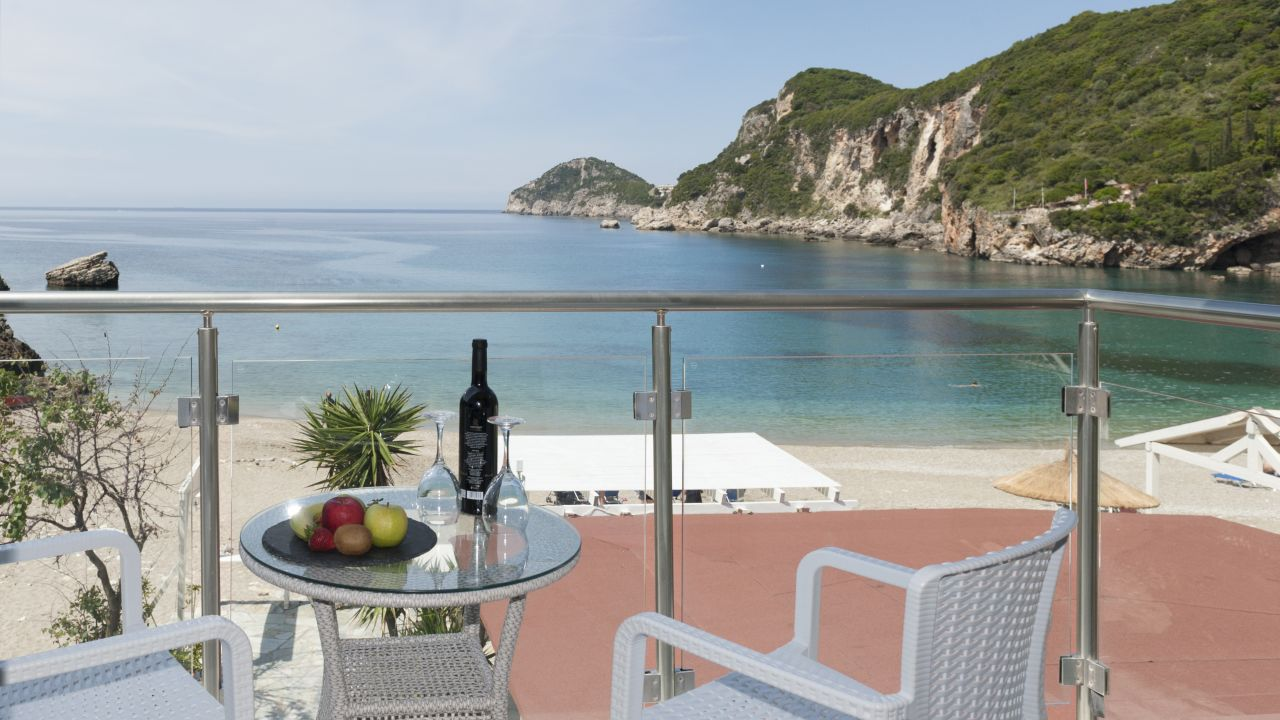 Hotel blue princess beach liapades holidaycheck korfu for Hotel in warnemunde direkt am strand