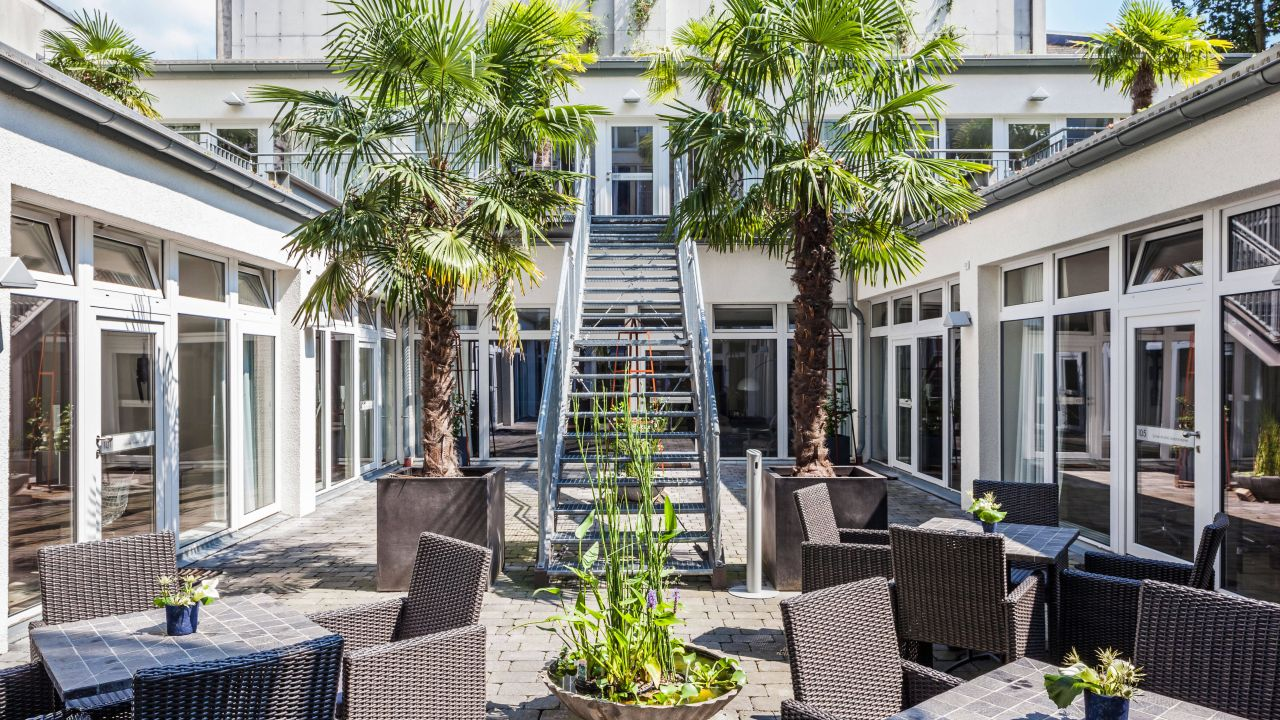 burns art culture d sseldorf holidaycheck nordrhein westfalen deutschland. Black Bedroom Furniture Sets. Home Design Ideas