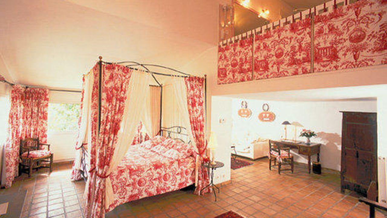 Auberge de Cassagne & Spa (Le Pontet) • HolidayCheck (Provence ...