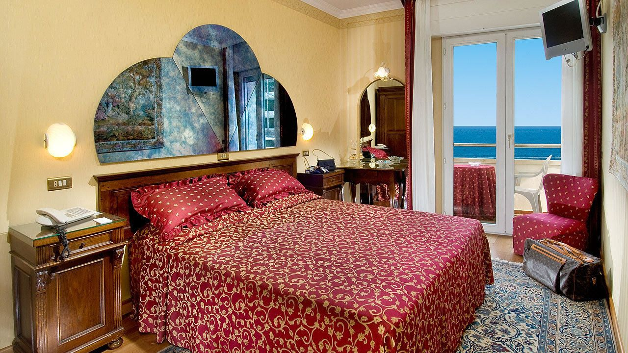 Hotel des nations in riccione holidaycheck emilia - Bagno 53 riccione ...