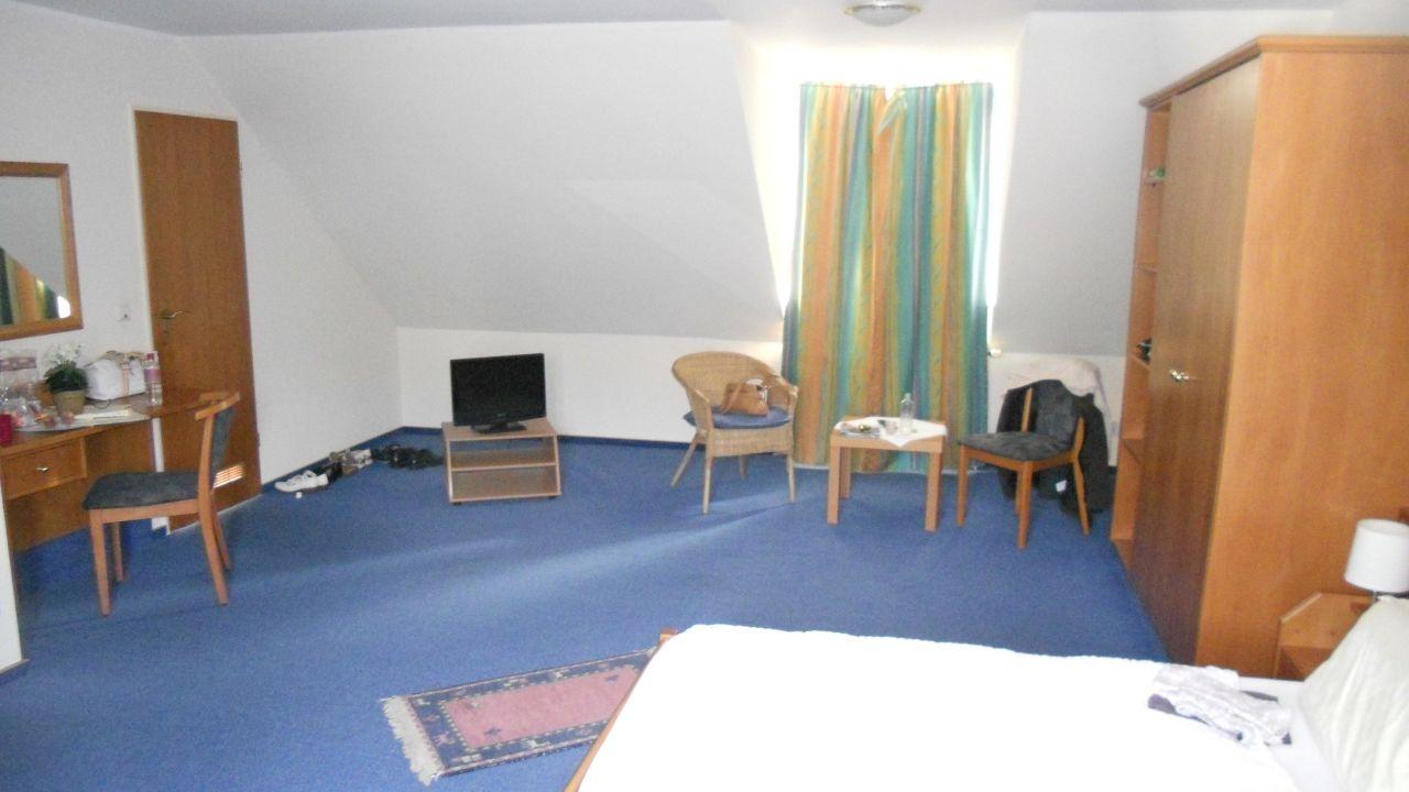 hotel lindenhof in osterspai holidaycheck rheinland pfalz deutschland. Black Bedroom Furniture Sets. Home Design Ideas