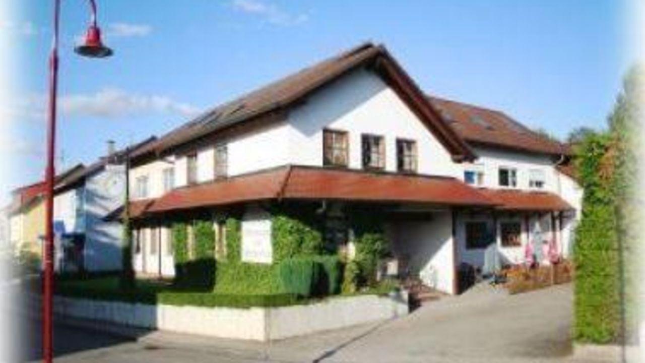 Hotel Zur Stadtschänke (Kraichtal) • HolidayCheck (Baden-Württemberg ...