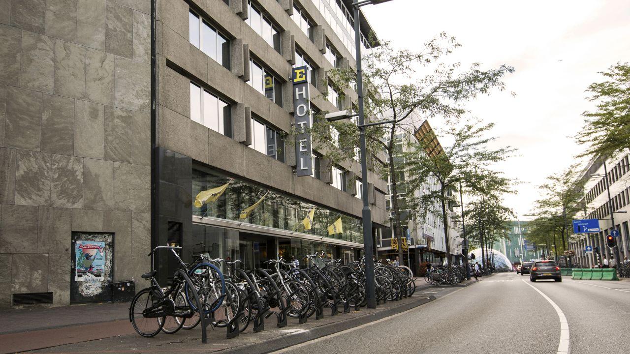 Whirlpool Bad Eindhoven : Hotel la reine niederlande eindhoven booking