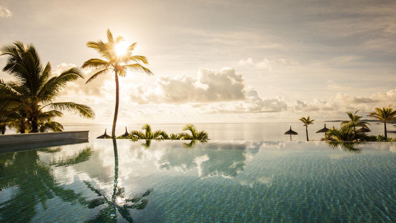 Long Beach Mauritius (Belle Mare) • HolidayCheck (Mauritius Ostküste ...