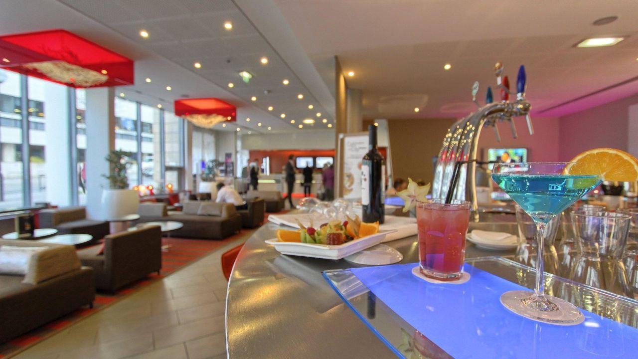 Ciel de paris franzosische restaurant  Hotel Novotel Paris Gare Montparnasse (Paris) • HolidayCheck ...