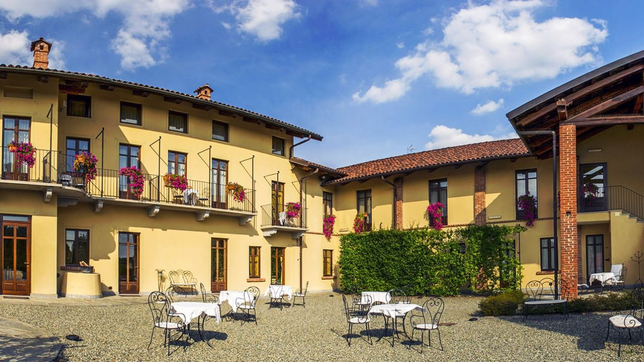 La Credenza Cirie : Best western plus hotel le rondini san francesco al campo