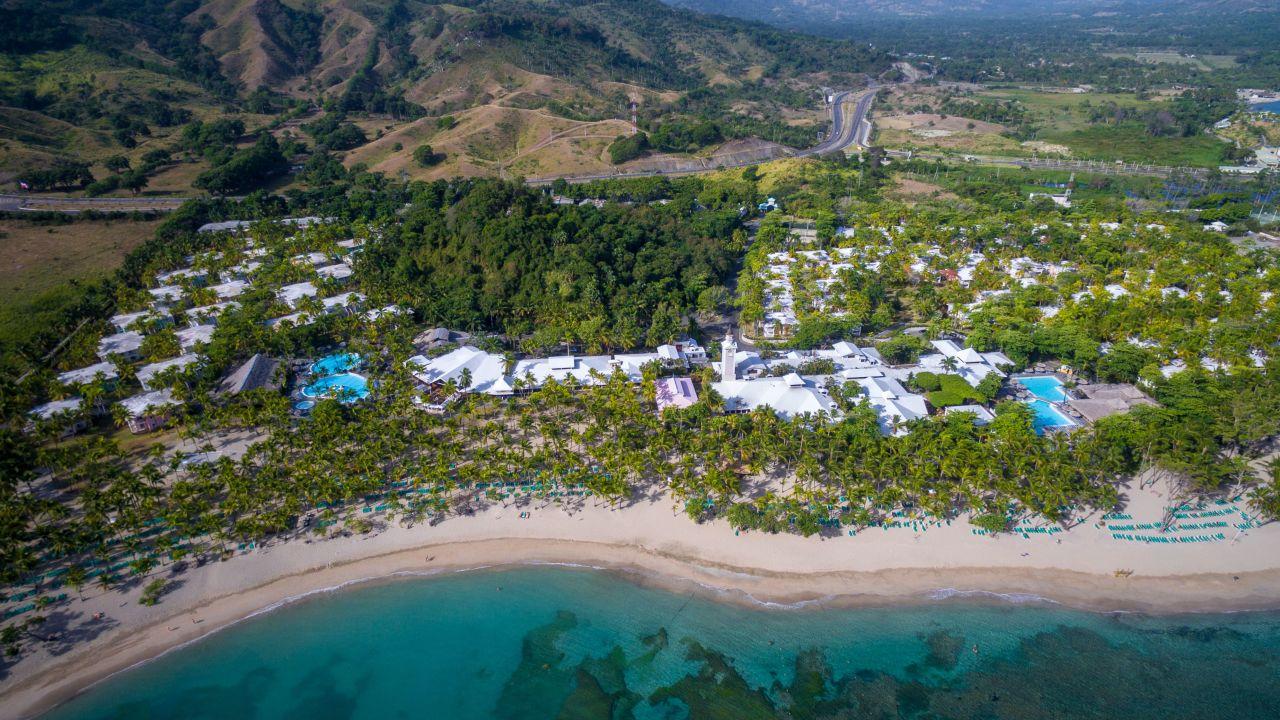 5* Playabachata Resort