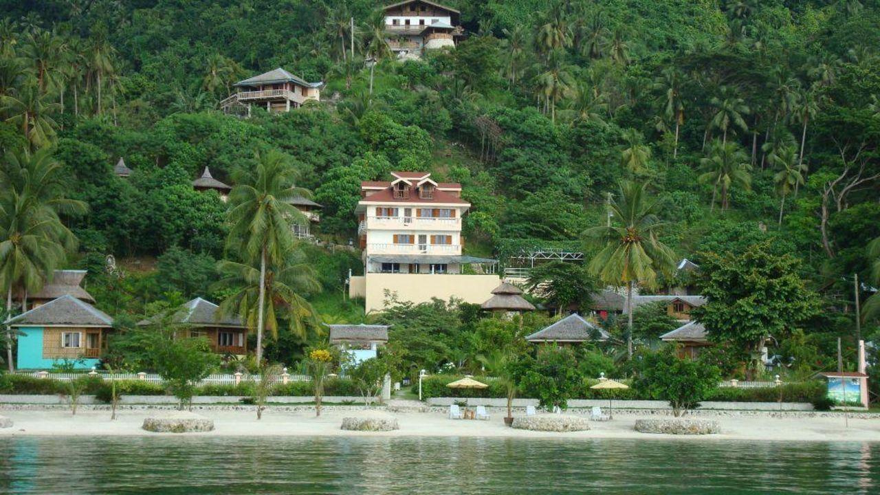 Hotel hof gorei beach resort in island garden city of for Guesthouse hof island
