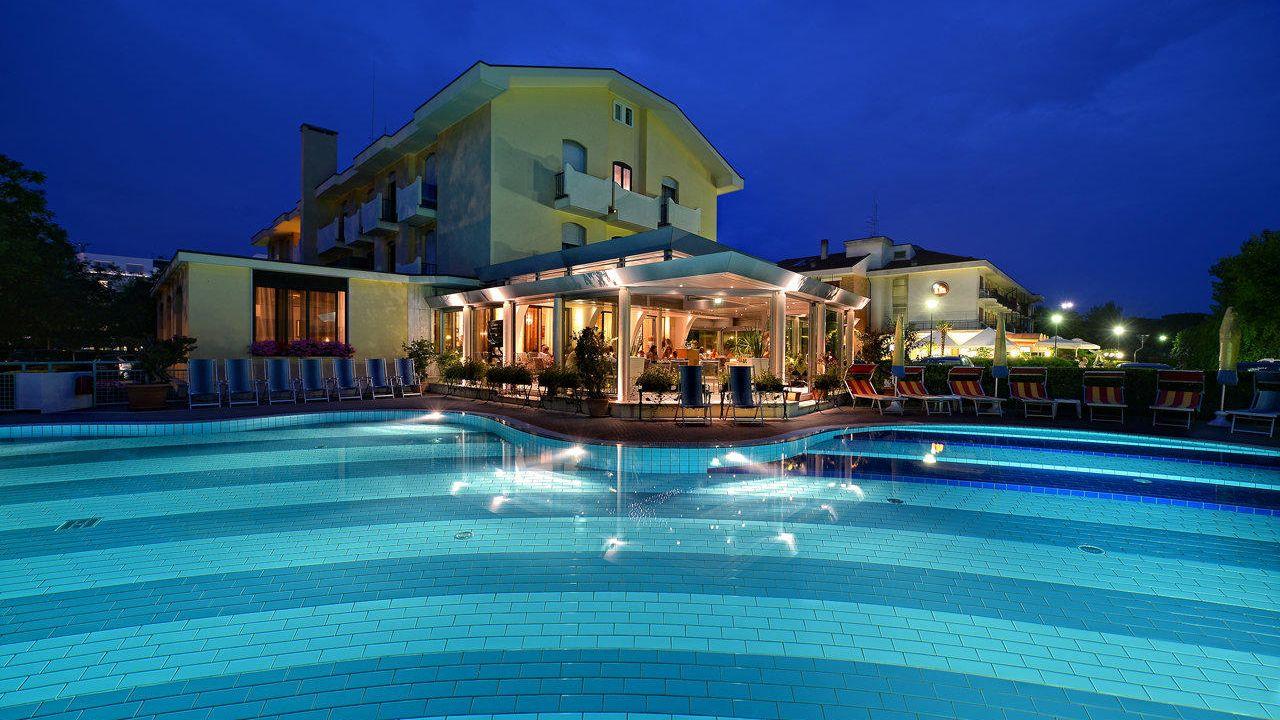 Hotels Italien Cavallino