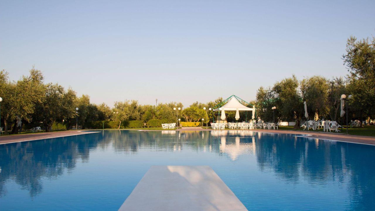 Hotel giardino degli ulivi trinitapoli u holidaycheck apulien