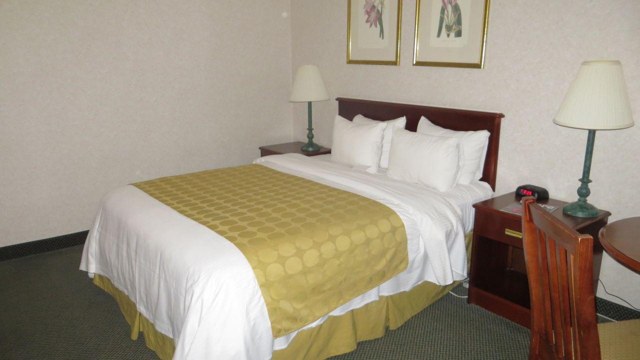 hotel ramada inn boston dorchester holidaycheck. Black Bedroom Furniture Sets. Home Design Ideas