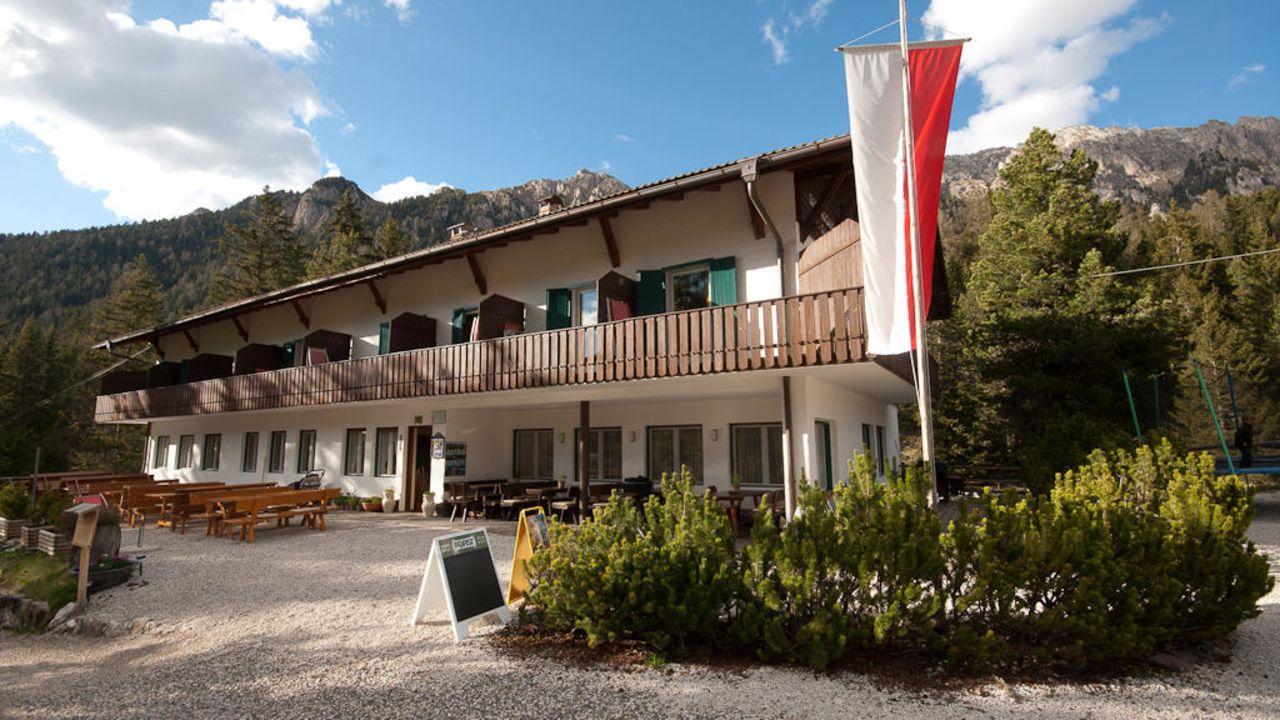 Sass Rigais Klettersteig Villnöss : Berggasthof sass rigais villnöss u holidaycheck südtirol