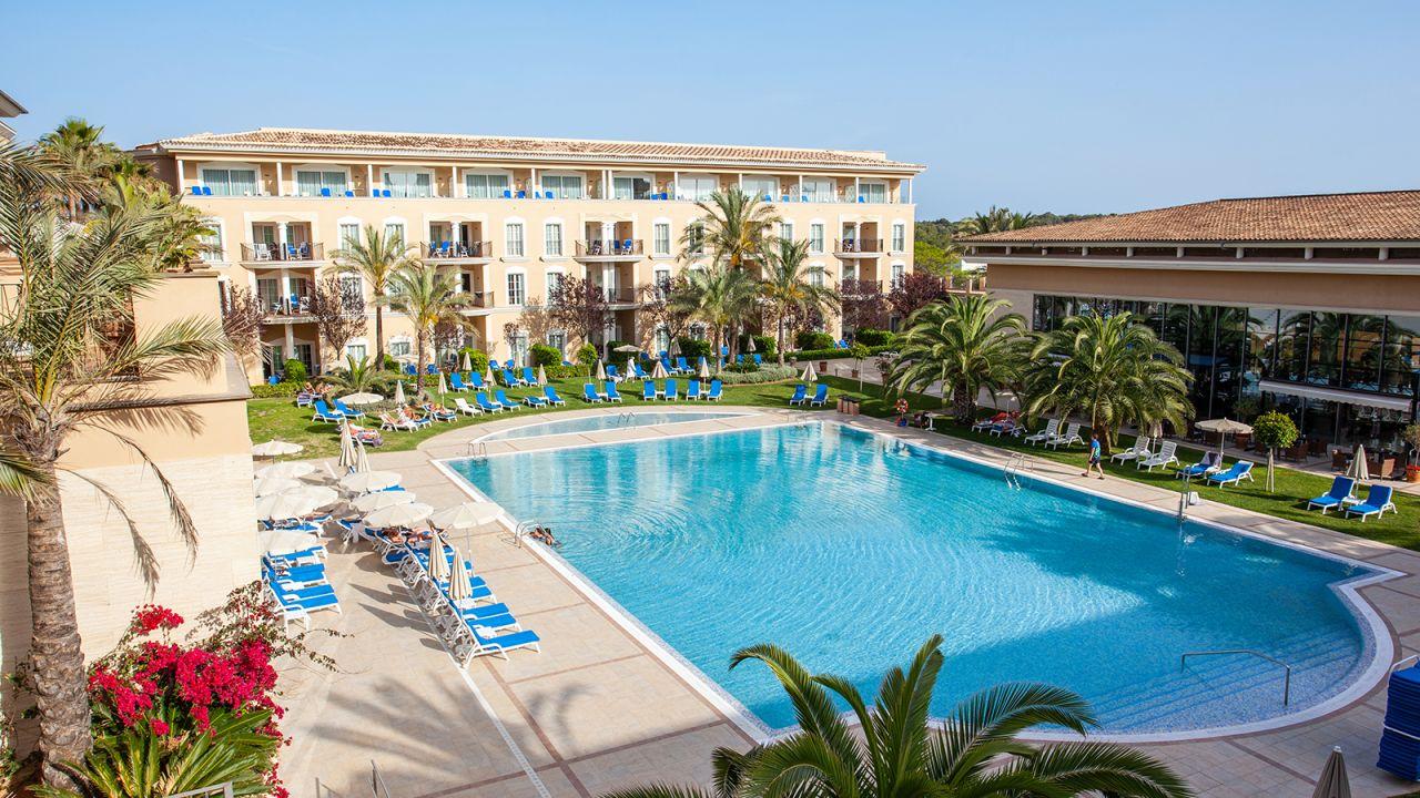 Hotel grupotel playa de palma suites spa in platja de - Spa palma de mallorca ...