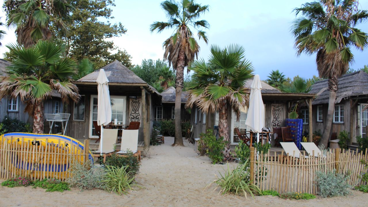 Camping bungalows les prairies de la mer grimaud - Camping prairie de la mer port grimaud ...