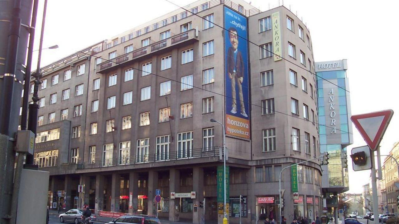 hotel legie prag praha holidaycheck gro raum prag tschechische republik. Black Bedroom Furniture Sets. Home Design Ideas