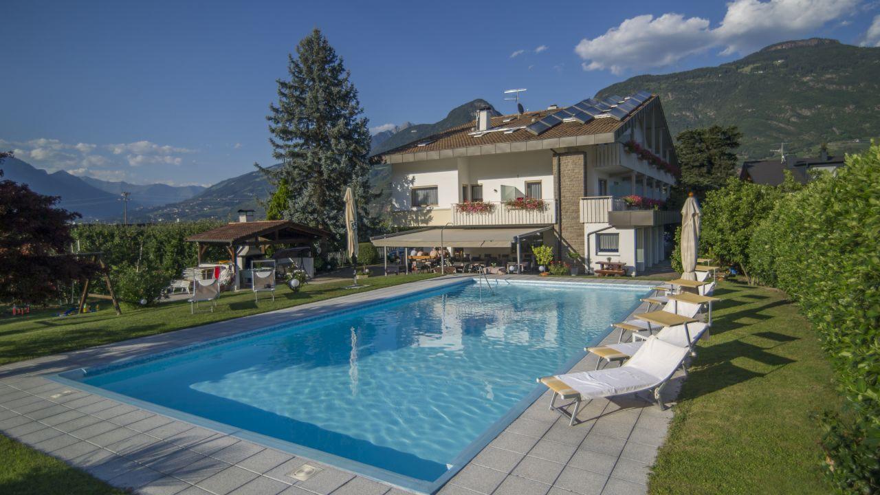 Hotel sonnenhof lana holidaycheck s dtirol italien for Hotel in lana sudtirol