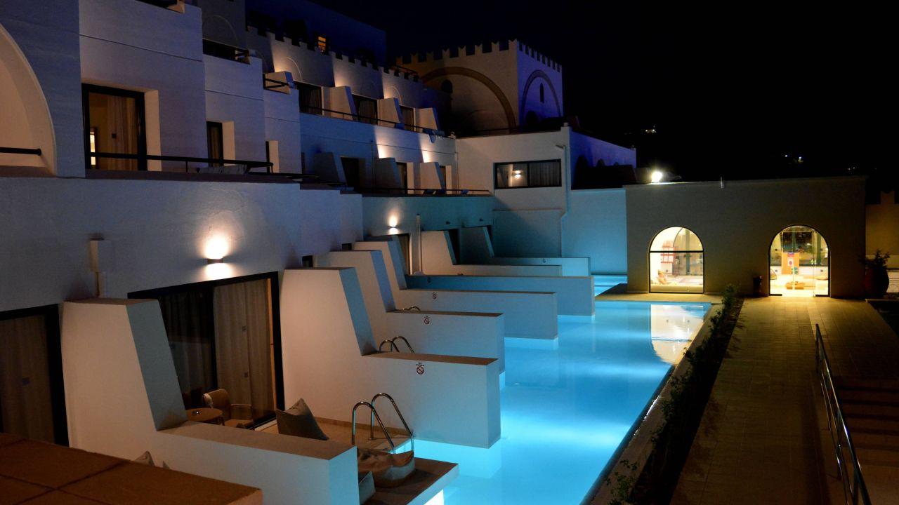 Das Calypso Palace ist ein 4* Hotel und kann jetzt ab 889€ gebucht werden