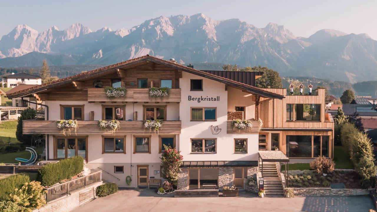 Bio-Hotel Bergkristall (Schladming) •