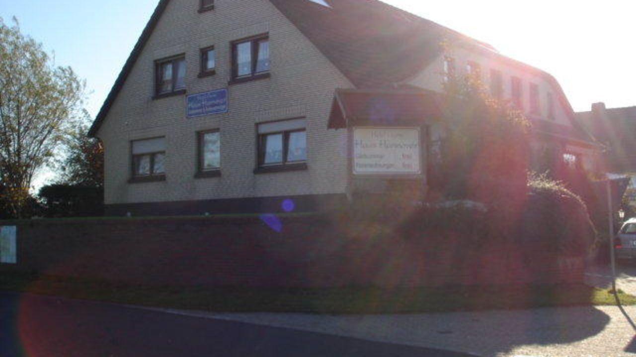 Haus Hannover Carolinensiel • HolidayCheck