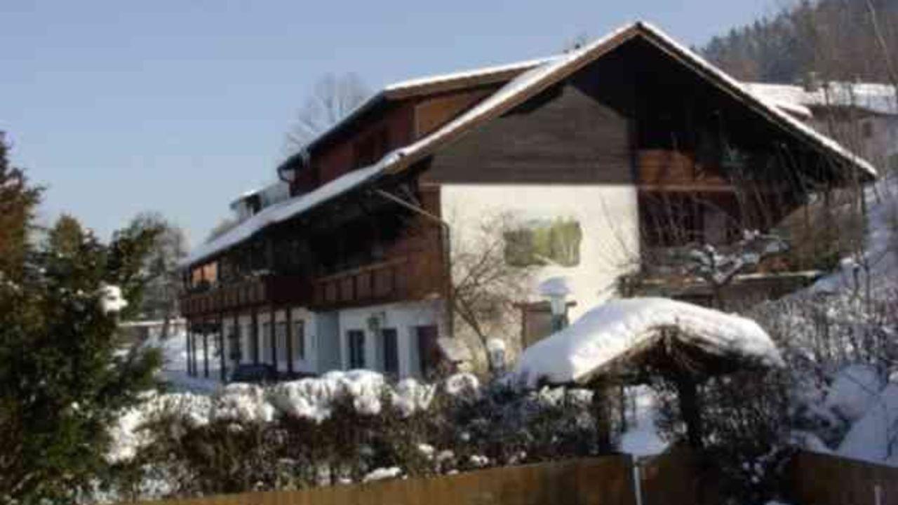Hotel Zur Schonen Aussicht Neukirchen Beim Heiligen Blut
