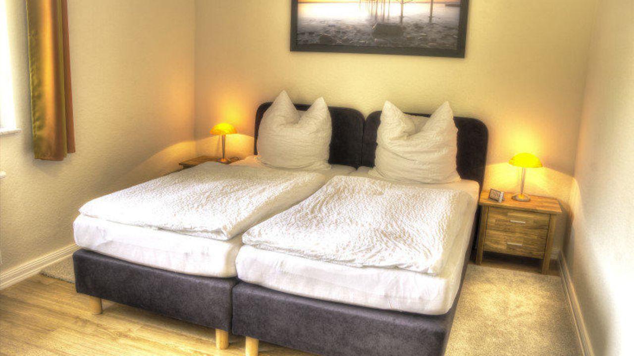 pension gl ckstadt in gl ckstadt holidaycheck schleswig holstein deutschland. Black Bedroom Furniture Sets. Home Design Ideas