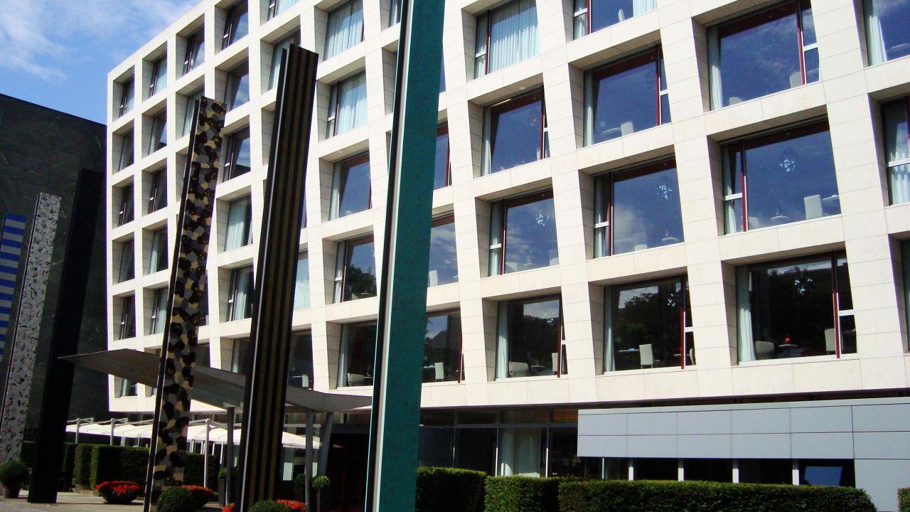 radisson blu hotel media harbour in d sseldorf holidaycheck nordrhein westfalen deutschland. Black Bedroom Furniture Sets. Home Design Ideas