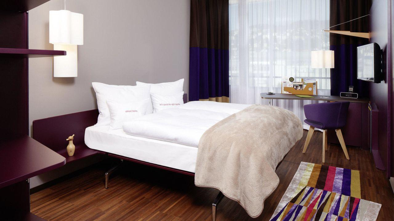 Etagenbett Zürich : Hours hotel zürich west u holidaycheck kanton