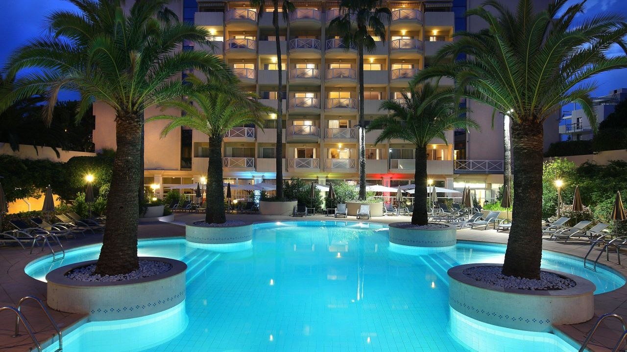 Hotel ac by marriott ambassadeur antibes juan les pins for Hotels juan les pins