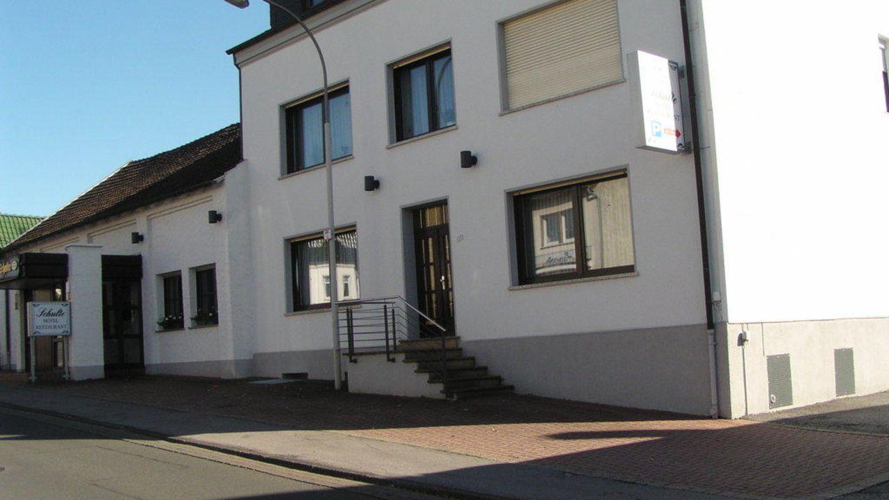 Gasthof Schulte (Menden) • HolidayCheck (Nordrhein-Westfalen ...
