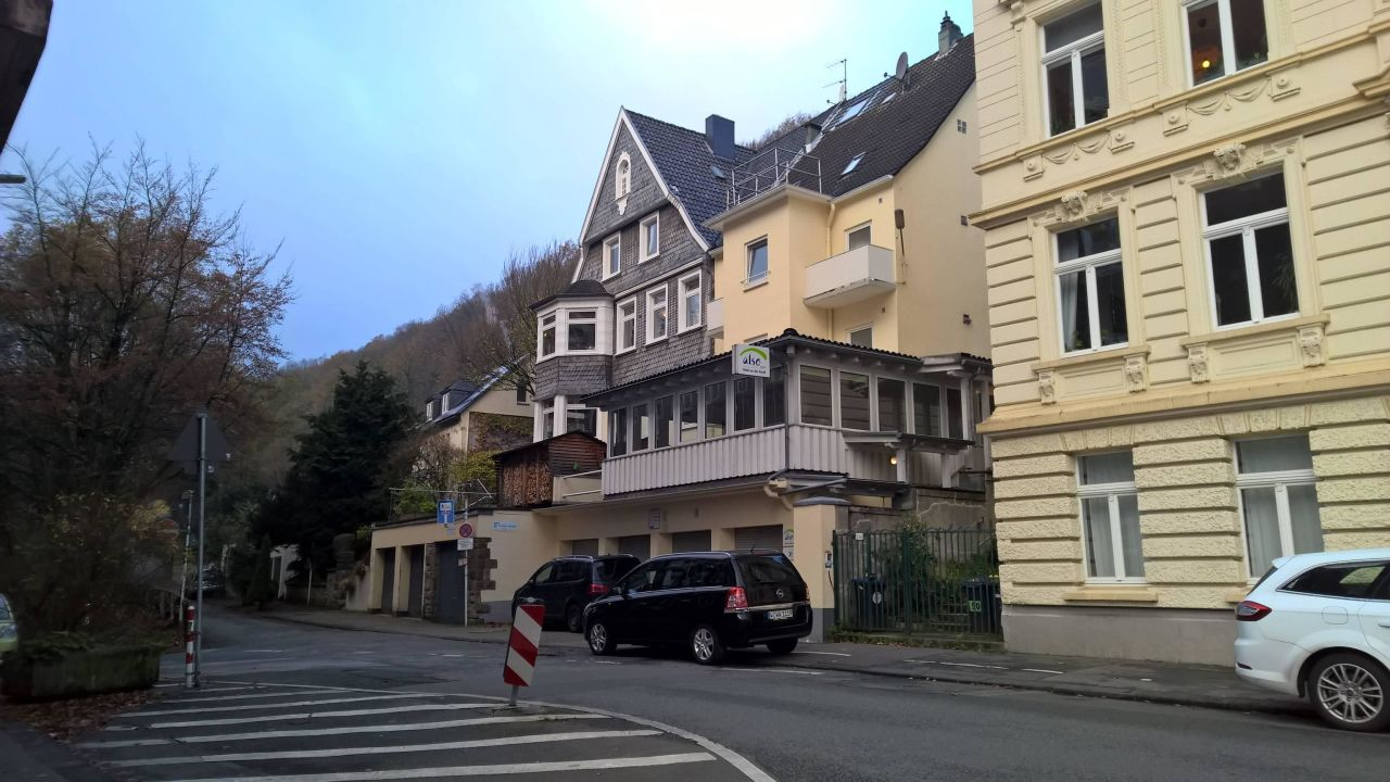 Also hotel an der hardt in wuppertal holidaycheck for Hotel wuppertal