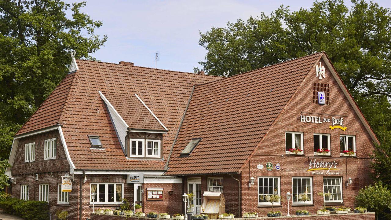 hotel zur eiche buchholz in der nordheide holidaycheck niedersachsen deutschland. Black Bedroom Furniture Sets. Home Design Ideas