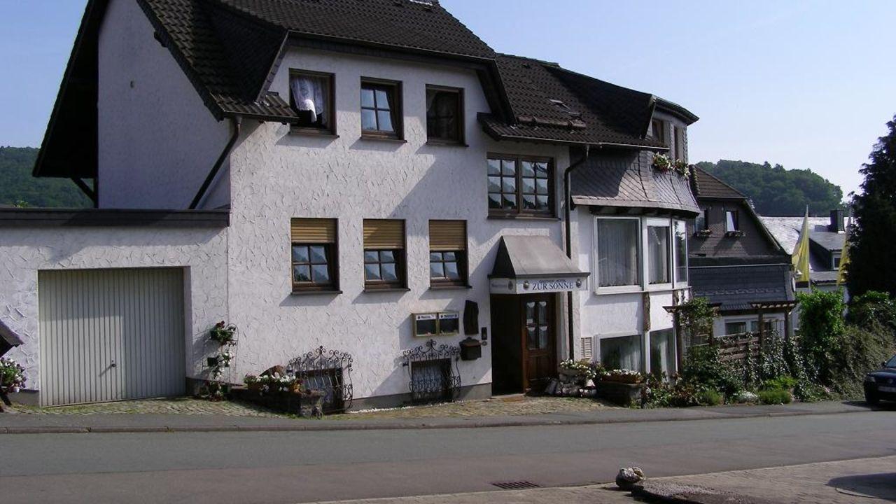 Haus zur Sonne Hesborn • HolidayCheck Nordrhein