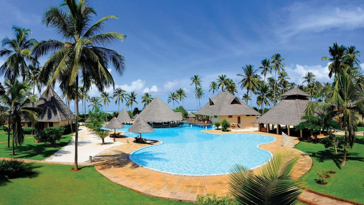 Neptune Pwani Beach Resort Amp Spa In Kiwengwa Beach