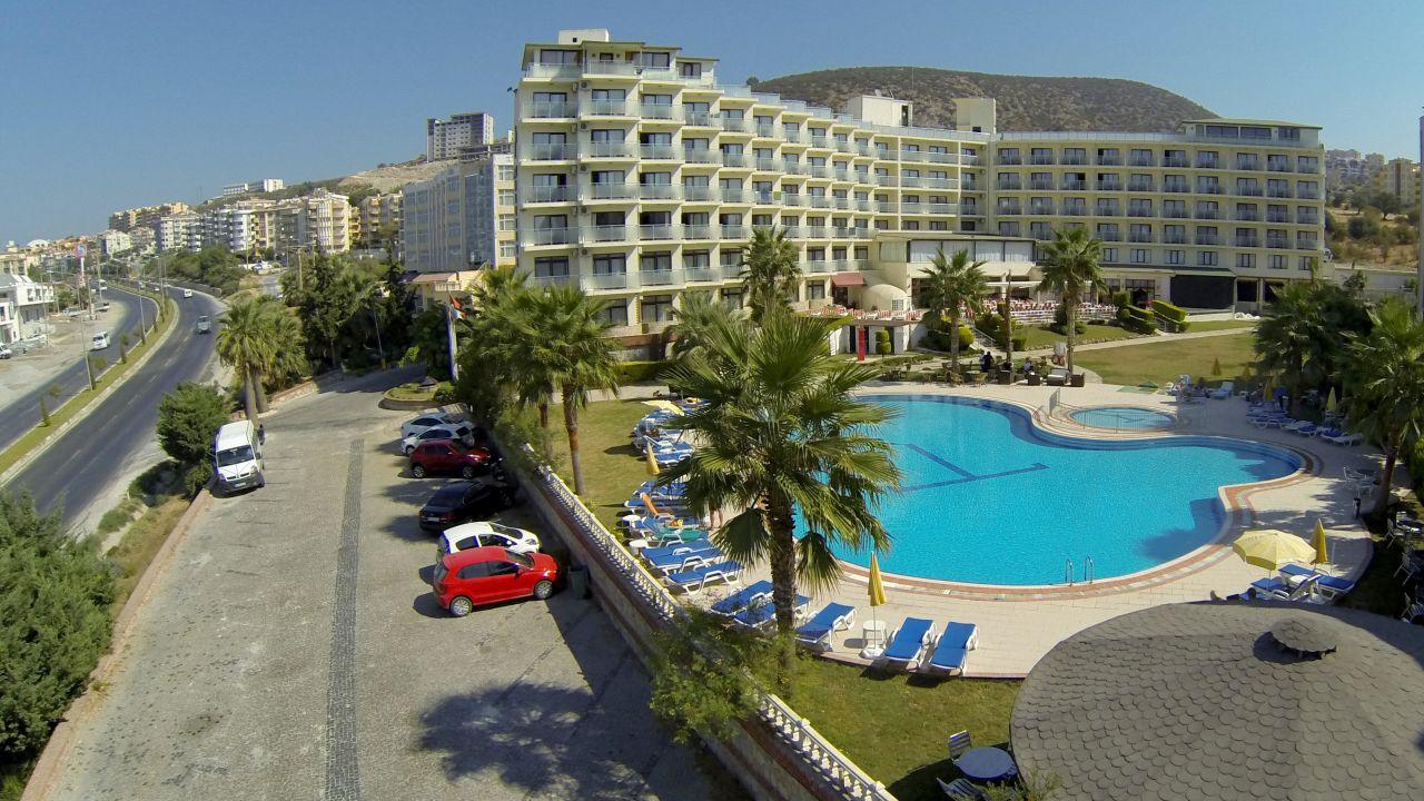 Das L'ambiance Royal Palace ist ein 4* Hotel und kann jetzt ab 249€ gebucht werden