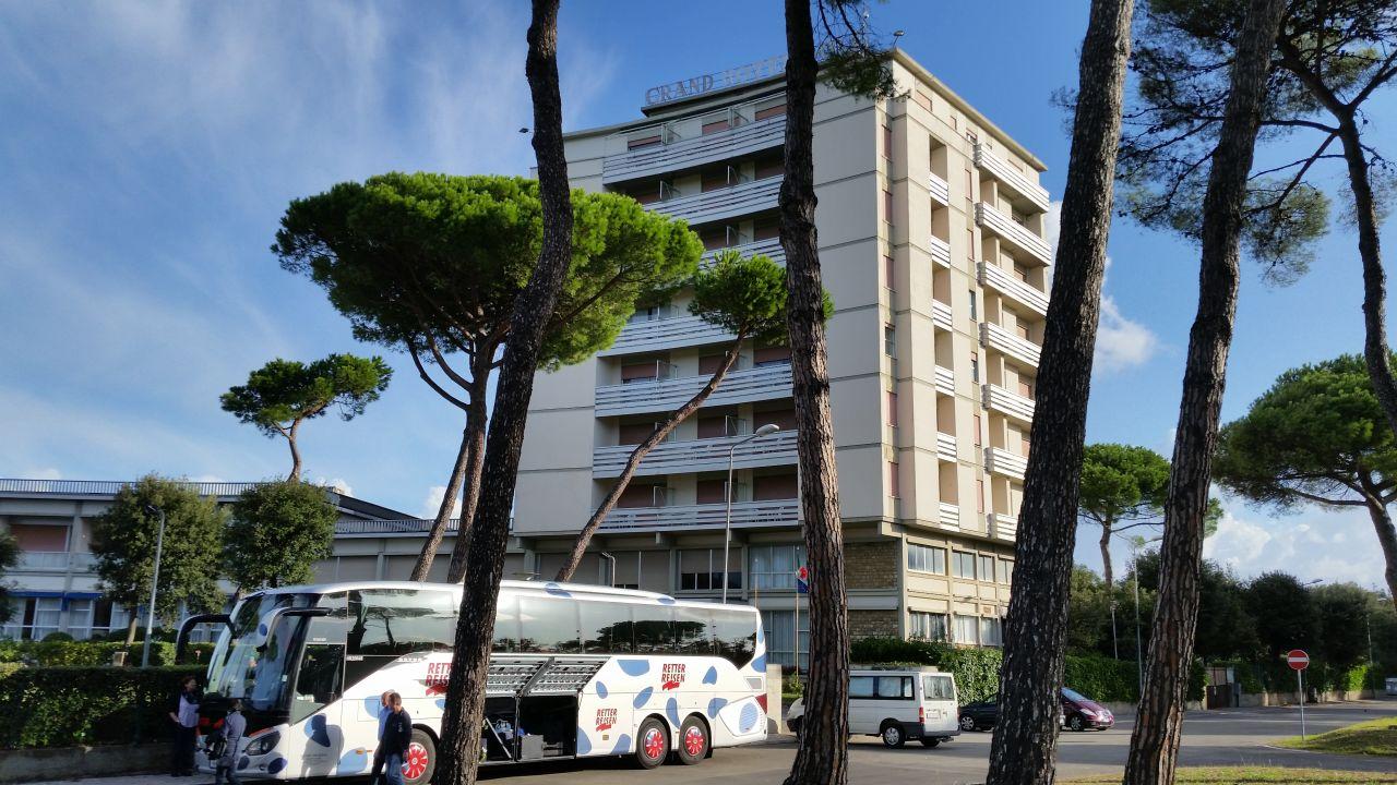 Grand hotel golf tirrenia u2022 holidaycheck toskana italien