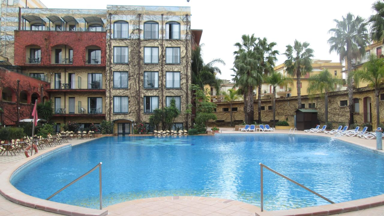 Hotel caesar palace giardini naxos holidaycheck sizilien italien - Hotel ai giardini naxos ...