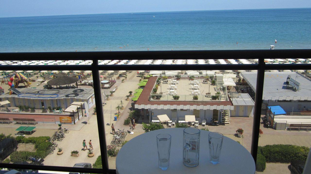 Hotel londra milano marittima holidaycheck emilia for Bagno holiday milano marittima